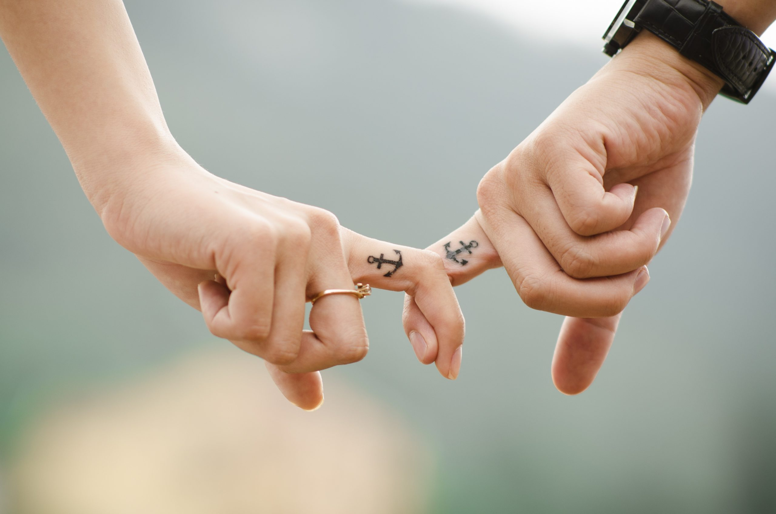 tatuaż obrączka