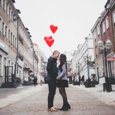Chłopak i Dziewczyna podczas zaręczyn