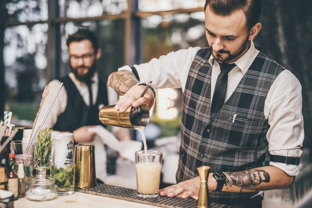 barman-na-weselu